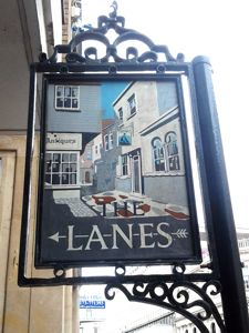 The Lanes, signpost on North Street